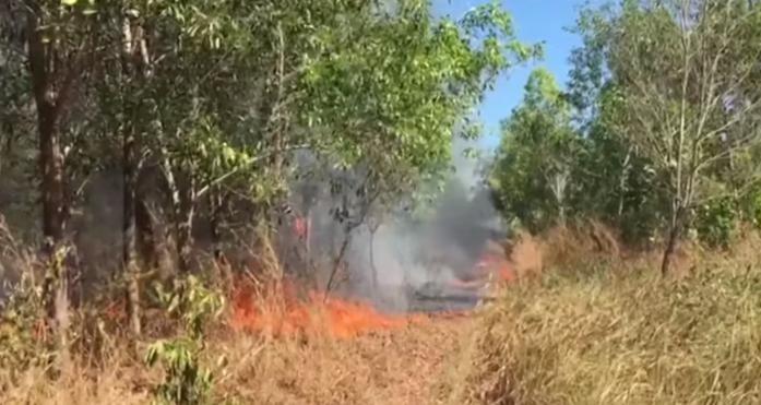 Nắng nóng gay gắt kéo dài cùng độ ẩm thấp khiến nguy cơ cháy rừng rất cao.