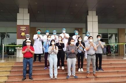 """WHO khuyến cáo Việt Nam """"chuẩn bị ứng phó với các tình huống mới"""" trong chống dịch COVID-19"""