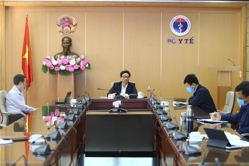 Phó Thủ tướng Vũ Đức Đam chủ trì phiên họp. Ảnh: VGP/Đình Nam
