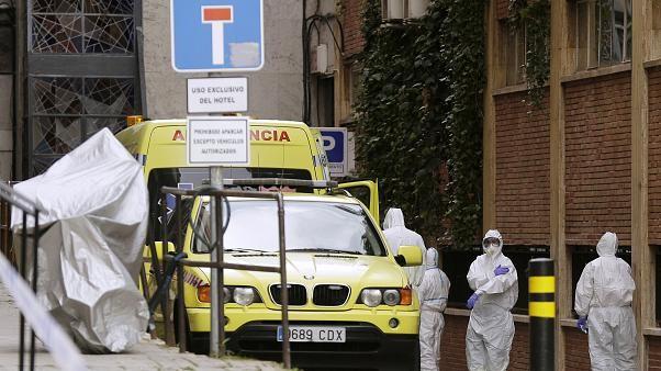Cơ quan y tế thừa nhận thực tế đáng sợ về dịch COVID-19 ở Tây Ban Nha