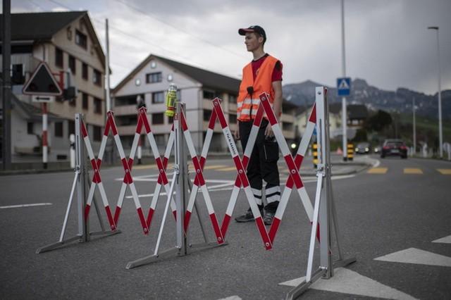 Thụy Sĩ đã thực hiện phong tỏa trong nhiều tuần. Ảnh: Swissinfo