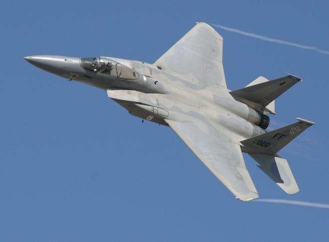 """Loại máy bay Mỹ có khả năng """"bay ngang qua cả thế giới"""""""