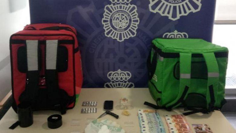 Ma túy bị cảnh sát Tây Ban Nha thu giữ từ những chiếc túi đựng đồ ăn giao tại nhà. Ảnh: Interpol