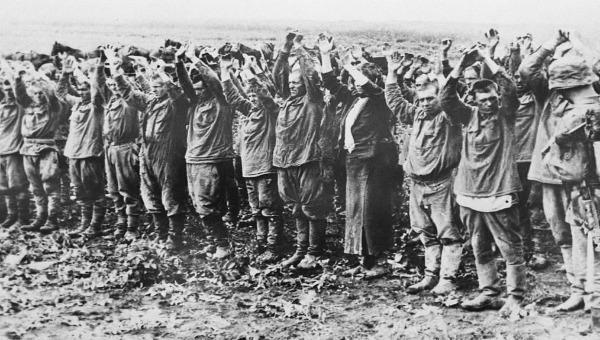 Đức bàn giao cho Nga lưu trữ dữ liệu về tù binh Liên Xô