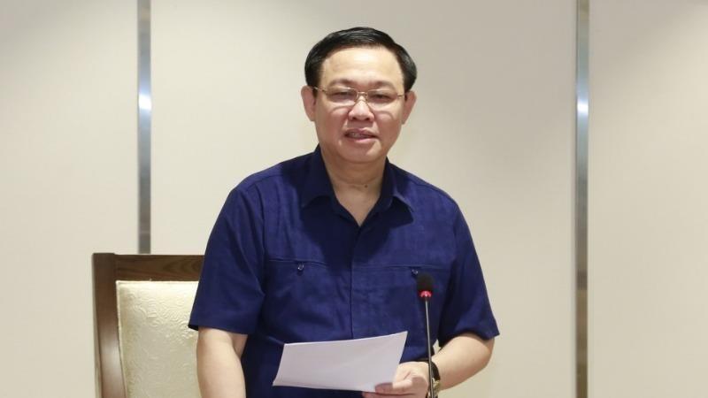 Bí thư Thành ủy Hà Nội Vương Đình Huệ phát biểu tại hội nghị. Ảnh: VGP