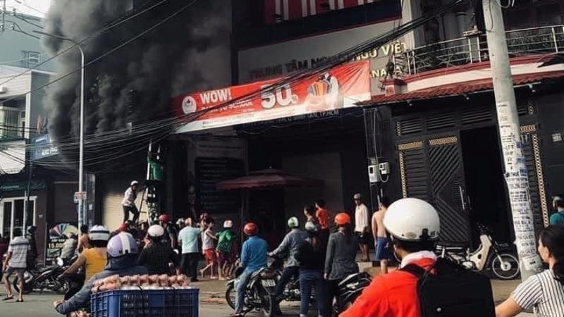 Giải cứu 7 người mắc kẹt trong căn nhà bị hỏa hoạn