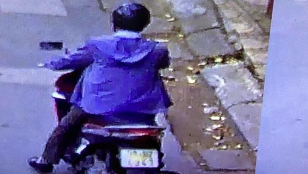 Cảnh báo việc người đàn ông đi xe Honda Airblade dụ dỗ nam sinh để thực hiện hành vi xấu