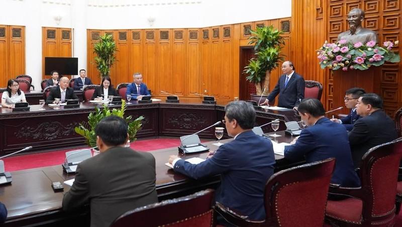 """Thủ tướng Nguyễn Xuân Phúc: """"Thành công của các nhà đầu tư là thành công của Chính phủ Việt Nam"""""""