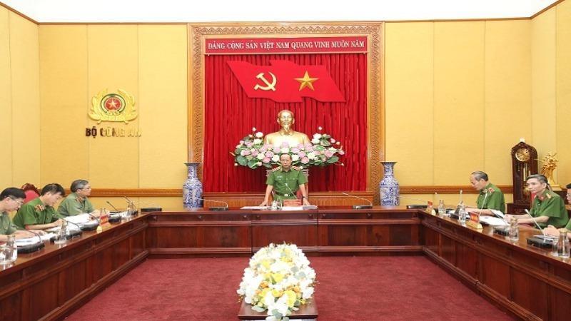 Thứ trưởng Bộ Công Lê Quý Vương chủ trì cuộc họp của Ban Chỉ đạo công tác truy nã Bộ Công an. Ảnh: bocongan.gov.vn