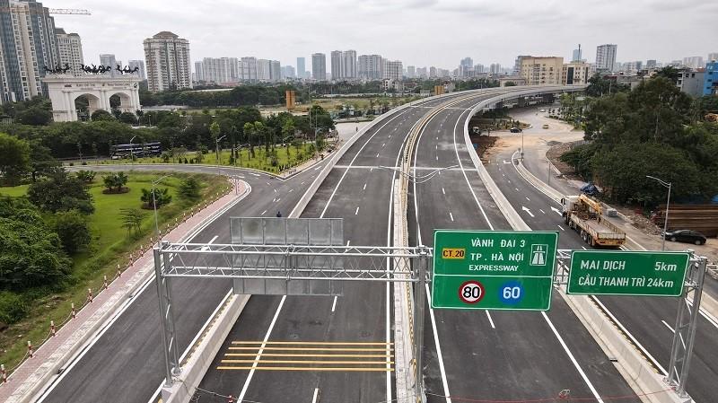 Cầu cạn Mai Dịch - Nam Thăng Long sẽ chính thức thông xe vào 11/10. Ảnh: Kinhtedothi