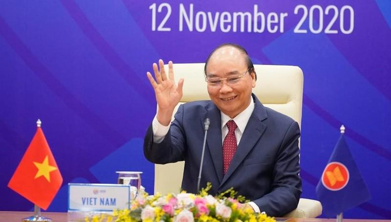 Thủ tướng Nguyễn Xuân Phúc chủ trì Hội nghị cấp cao ASEAN lần thứ 17. Ảnh: VGP