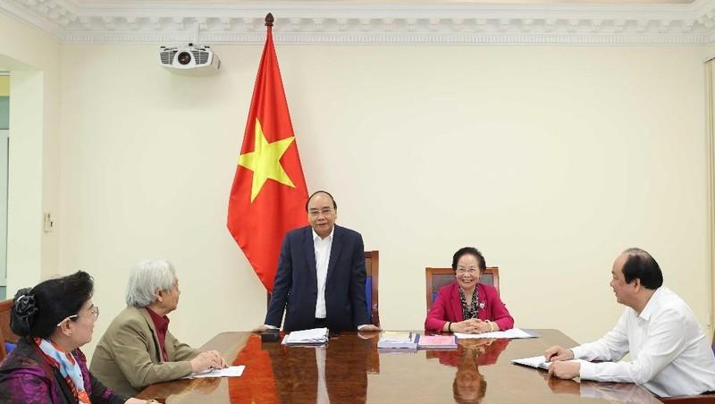Thủ tướng làm việc với Trung ương Hội khuyến học Việt Nam - Ảnh: VGP/Quang Hiếu