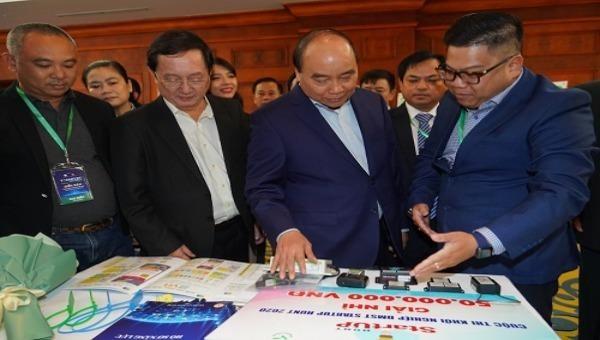 Thủ tướng Nguyễn Xuân Phúc tham dự sự kiện - Ảnh: VGP/Quang Hiếu