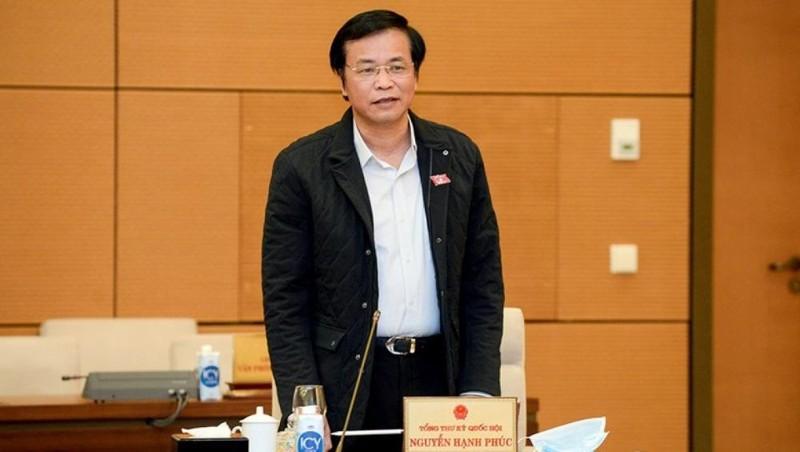 Tổng Thư ký Quốc hội báo cáo tại phiên họp 51 Uỷ ban Thường vụ Quốc hội chiều 9/12. Ảnh: quochoi.vn