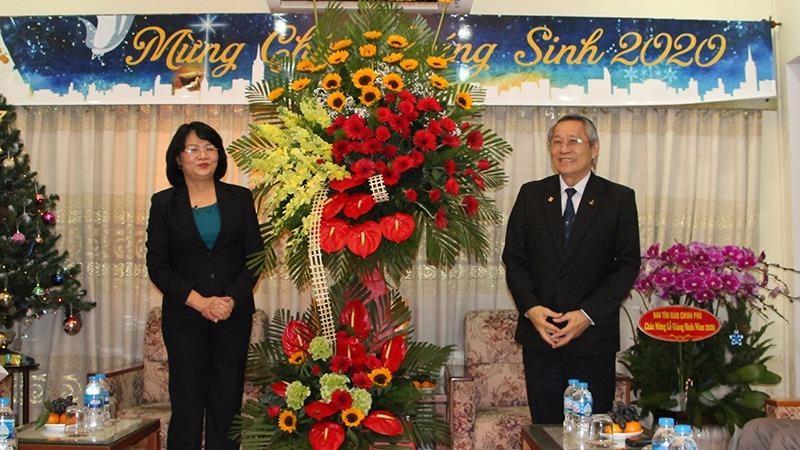 Phó Chủ tịch nước chúc mừng lễ Giáng sinh và Tết Dương lịch 2021