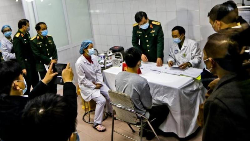 Thêm 3 tình nguyện viên thử nghiệm vaccine Covid-19