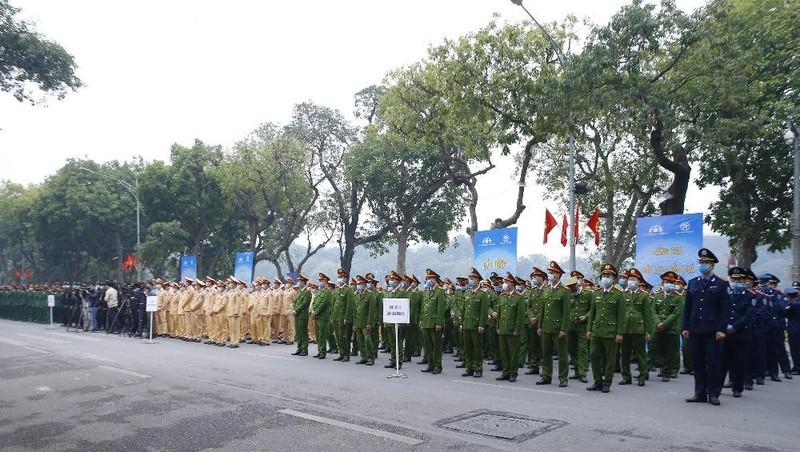 Lễ ra quân Năm an toàn giao thông 2021. Ảnh VGP/Lê Sơn