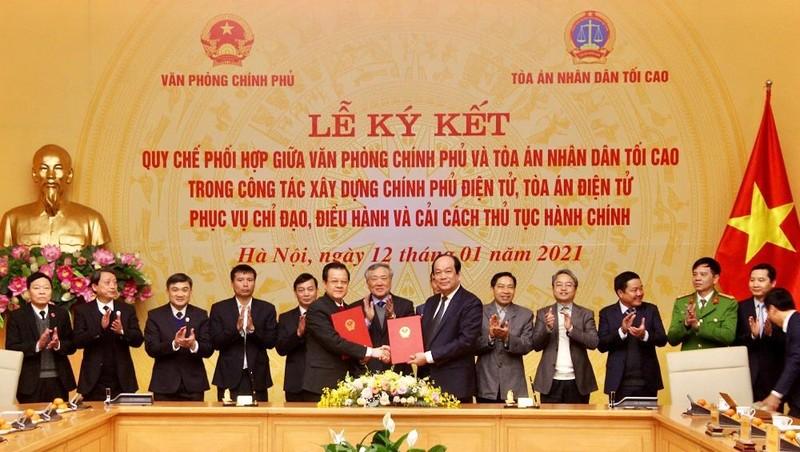 VPCP và TANDTC ký Quy chế phối hợp. Ảnh: VGP/Nhật Bắc