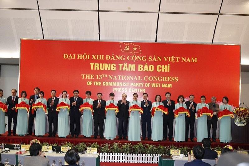 Lễ khai trương Trung tâm Báo chí Đại hội XIII của Đảng