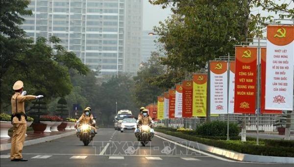 Đoàn xe đại biểu Đại hội lần thứ XIII của Đảng lưu thông theo đúng phương án thực diễn