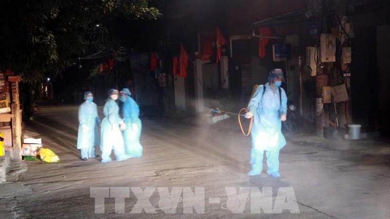 Quảng Ninh cho học sinh toàn tỉnh nghỉ học từ hôm nay (28/1) đến hết tuần sau khi phát hiện ca nhiễm Covid-19