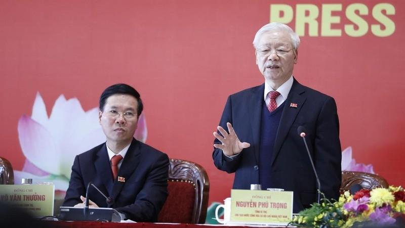 Tổng Bí thư, Chủ tịch nước Nguyễn Phú Trọng chủ trì họp báo thông báo kết quả Đại hội XIII.