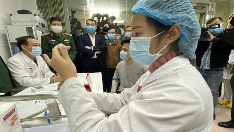 Việt Nam đang nỗ lực để sản xuất vaccine đáp ứng nhu cầu chống dịch COVID-19. Ảnh: moh.gv.vn
