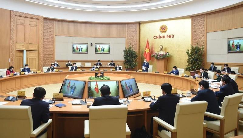 Thủ tướng Nguyễn Xuân Phúc chủ trì cuộc họp Thường trực Chính phủ triển khai các nhiệm vụ trọng tâm sau Tết và công tác phòng chống dịch COVID-19. Ảnh: VGP/Quang Hiếu