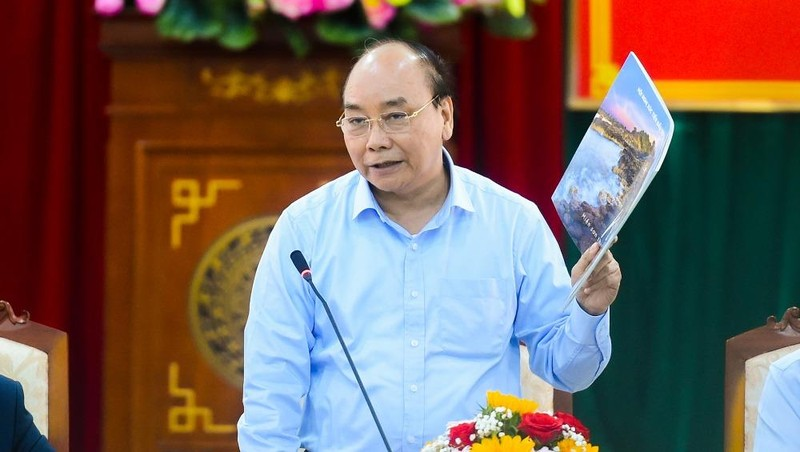 Thủ tướng yêu cầu Phú Yên phải nghiên cứu lợi thế so sánh để phát triển trong thời gian tới. Ảnh VGP/Quang Hiếu