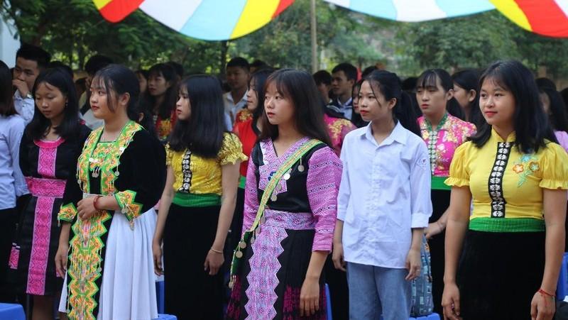 Học sinh, sinh viên Sơn La bắt đầu đi học trở lại