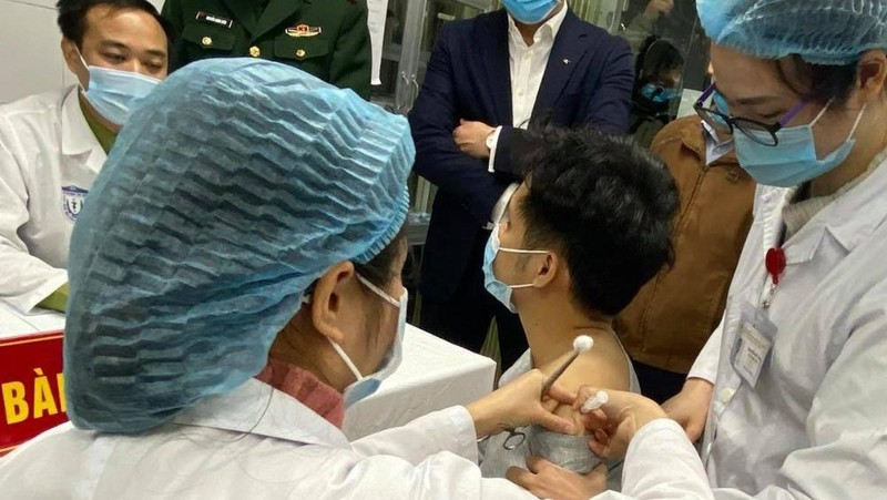 Việt Nam đang nỗ lực để tiêm ngừa COVID-19 cho người dân sớm nhất