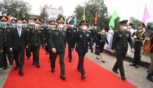 Giao lưu hữu nghị quốc phòng biên giới Việt-Trung lần thứ 6