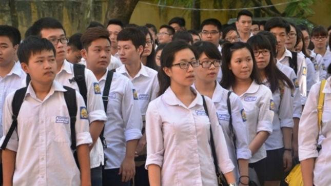Tỷ lệ đỗ tốt nghiệp kì thi 2014 đạt 99,01%. Ảnh: Hướng Dương