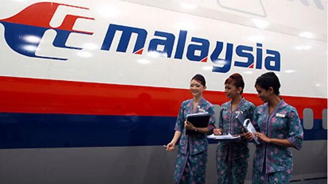 Tiếp viên Maylaysia Airline hoảng loạn khi thảm họa liên tiếp xảy ra. Ảnh: Maylaysia Airline