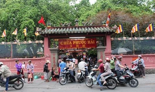Bí ẩn trong ngôi chùa cầu con nổi tiếng Sài thành