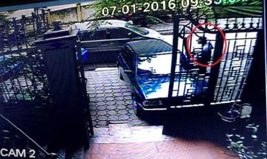 Hình ảnh camera ghi lại hiện trường vụ trộm xe chở vàng