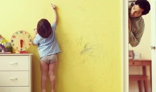 Mẹo đánh bay mọi vết bẩn trên tường