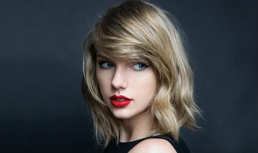Taylor Swift mang bầu?
