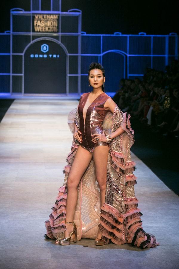 Thanh Hằng, siêu mẫu Thanh Hằng, tuần lễ thời trang quốc tế việt nam