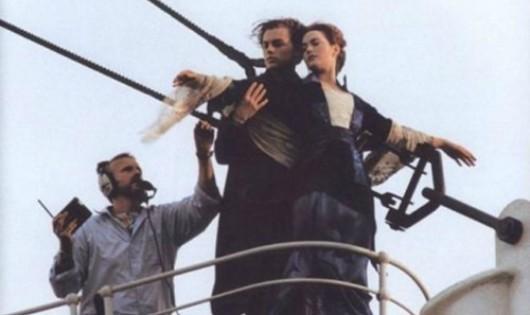 Tiết lộ ảnh hậu trường cực 'độc' của phim 'Titanic'