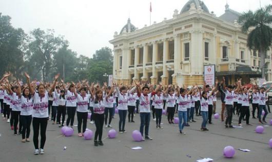 300 thanh niên phát động Tháng hành động vì bình đẳng giới
