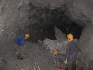 Hé lộ tình tiết bất ngờ trong vụ công ty khoáng sản Na Rì Hamico sắp vỡ nợ