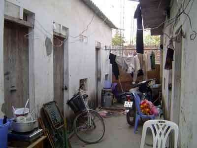 Quận Nam Từ Liêm (Hà Nội): Nhận khoán đất nông nghiệp để làm… nhà trọ?