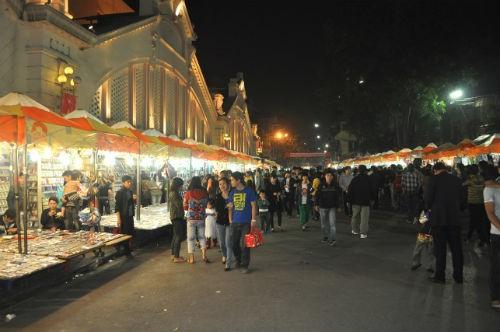 Chợ đêm Đồng Xuân: Tại sao phải di dời các hộ kinh doanh ở mặt tiền?
