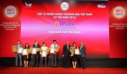 TPBank nhận giải thưởng NHTM Việt Nam uy tín nhất năm 2016