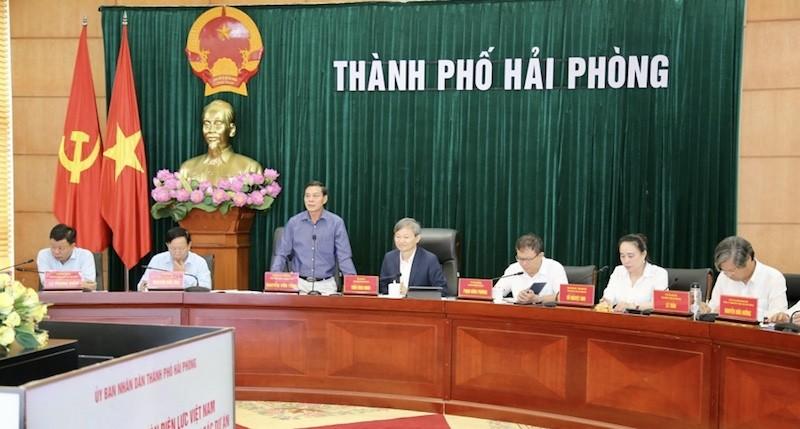Chủ tịch UBND TP Nguyễn Văn Tùng chủ trì làm việc với Tập đoàn điện lực Việt Nam.