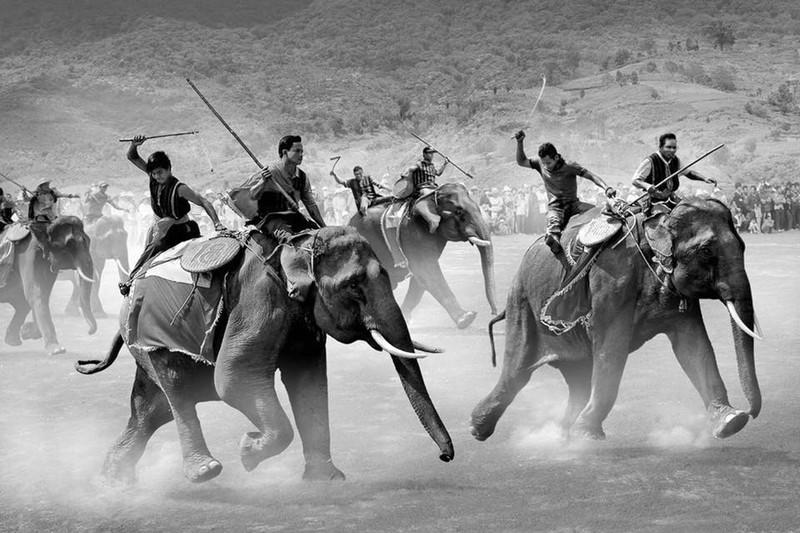 Những kho báu kỳ lạ ở Tây Nguyên: Thực hư di sản của vua voi ở Bản Đôn