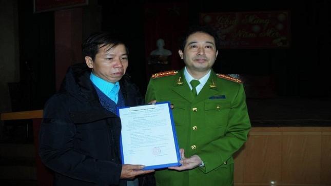 """Ông Nguyễn Thanh Chấn chính thức được """"cởi"""" án giết người"""