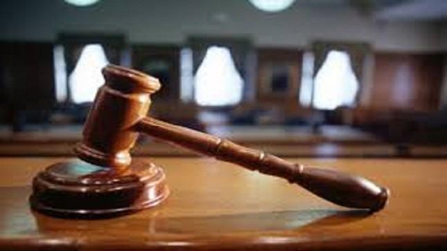 Khởi tố, bắt tạm giam một thư ký tòa vì hành vi nhận hối lộ