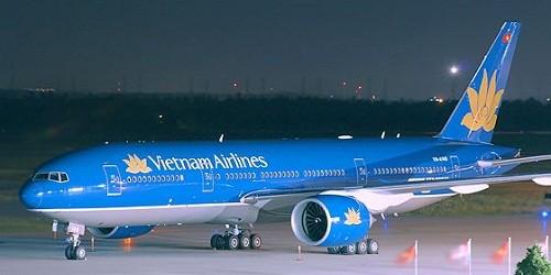 Máy bay Vietnam Airline hạ cánh khẩn cấp vì lỗi kỹ thuật